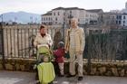 Туристы у Нового моста