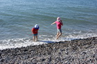 Дети и море