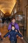 Катерина с бабушкой в музеях Ватикана