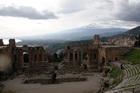 Вид на Этну с развалин театра